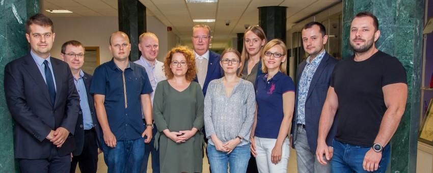 27-06-2018-pierwsze-posiedzenie-rady-mlodych-naukowcow-wum_5Fot.-Tomasz-Jędrzejewski-850x340-1530178262.jpg