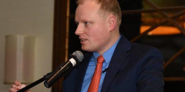 «Ушные шумы являются причиной депрессии»,  Д-р. мед.н. магистр экономики  Петр Х. Скаржиньски дает интервью для polskatimes.pl