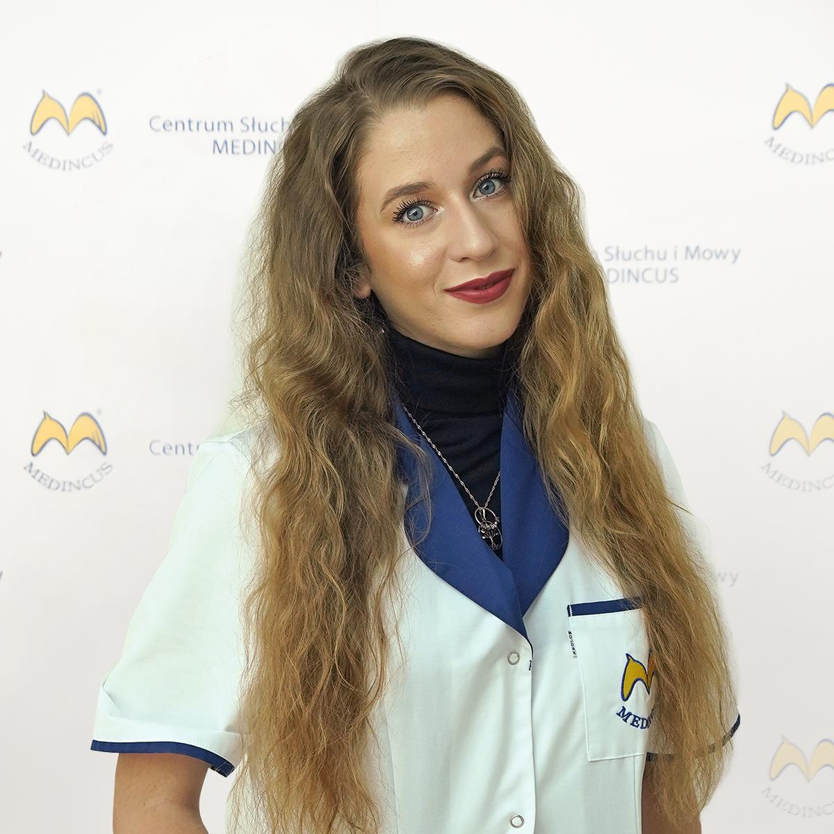 Adrianna_Czaja-1200x1200.png