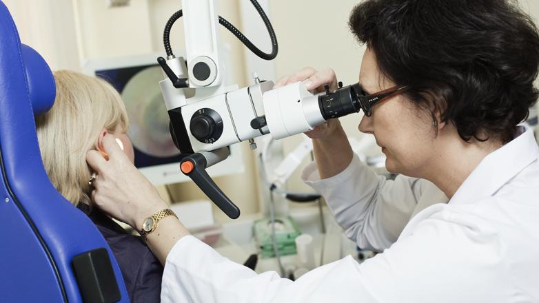 Хронічне холестеатомне та грануляційне запалення середнього вуха